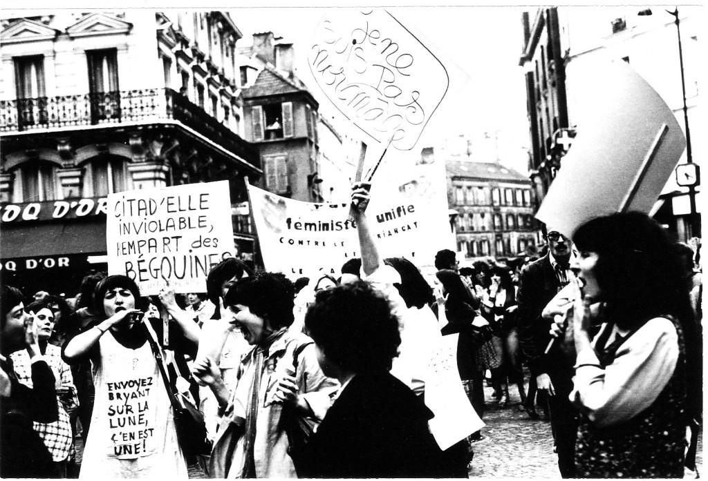 Manifestation à Paris contre la répression de l'homosexualité